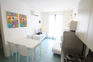 Villa Albaluisa, Apartmány  Bibione - big - 11