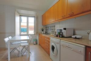 Localtraveling Downtown - Family Apartments, Appartamenti  Lisbona - big - 9
