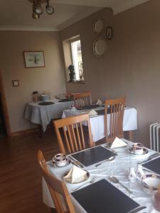 Claremont B&B, Bed & Breakfasts  Galway - big - 13