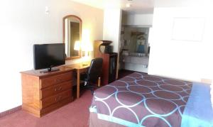 Super 8 by Wyndham San Antonio at I-10, Motel  San Antonio - big - 14