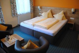 Hotel-Pension Falkensteiner, Hotels  Sankt Gilgen - big - 15