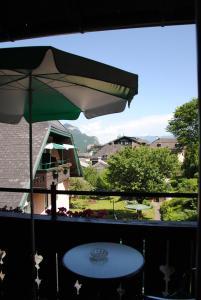 Hotel-Pension Falkensteiner, Hotels  Sankt Gilgen - big - 18