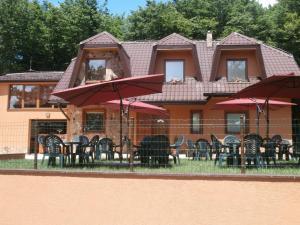 La Rosa na Vinianskom jazere, Guest houses  Vinné - big - 1
