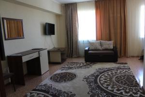 Hotel Zumrat, Szállodák  Karagandi - big - 11