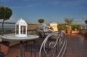 Hotel Urbano V, Отели  Монтефьясконе - big - 32