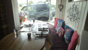 Wild Thyme Restaurant with Rooms, Bed and Breakfasts  Chipping Norton - big - 19