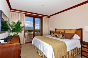 Three-Bedroom Villa with Partial Ocean View