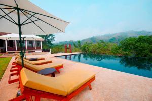 Nam Ou Riverside Hotel and Resort