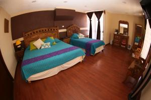 Superior Triple Room with View