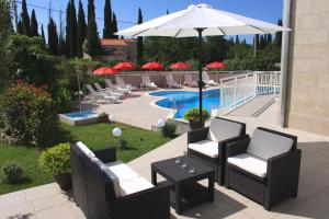 Apartments Grand Pinea