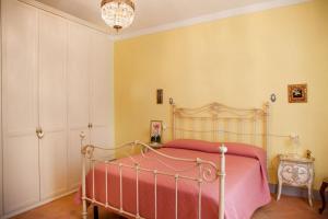 Appartamento di Lusso in Borgo Storico Toscano