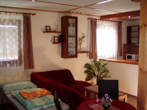 Penzion Pod Vápenkami, Guest houses  Strážnice - big - 6