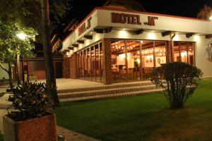Motel M