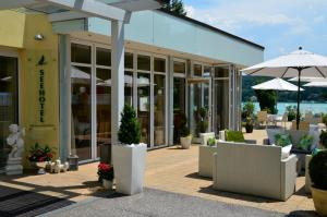 Seehotel Paulitsch, Hotely  Velden am Wörthersee - big - 48