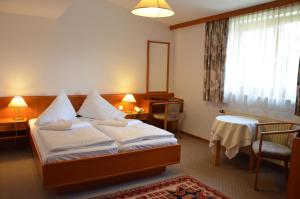 Seehotel Paulitsch, Hotely  Velden am Wörthersee - big - 8