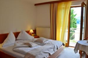 Seehotel Paulitsch, Hotely  Velden am Wörthersee - big - 7