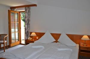 Seehotel Paulitsch, Hotely  Velden am Wörthersee - big - 35