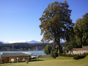 Seehotel Paulitsch, Hotely  Velden am Wörthersee - big - 32
