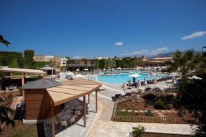 Bella Beach Hotel, Rezorty  Hersonissos - big - 22