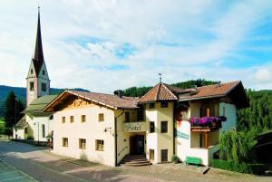 Gasthof Gasserhof, Отели  Eggen - big - 15