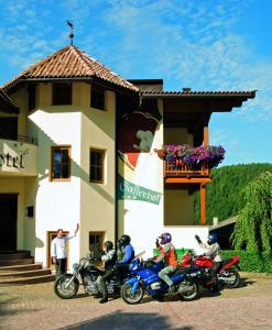 Gasthof Gasserhof, Отели  Eggen - big - 17