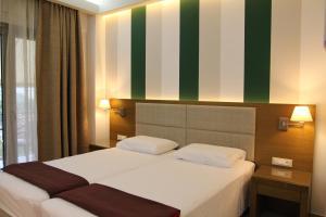 Achilles Hotel