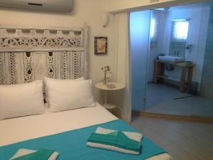Aspasia House, Bed & Breakfasts  Bozcaada - big - 16