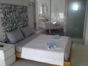 Aspasia House, Bed & Breakfasts  Bozcaada - big - 19
