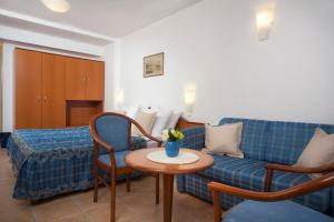 Bluesun Hotel Marina, Hotely  Brela - big - 9