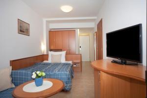 Bluesun Hotel Marina, Hotely  Brela - big - 15