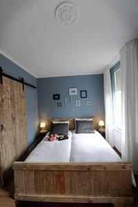 B&B Oekepoek Down Town, Bed & Breakfasts  Enschede - big - 8