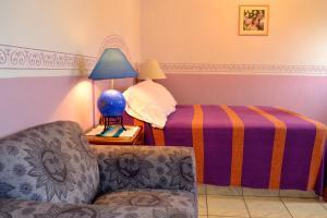 Ajijic Suites - on Hidalgo, Apartmány  Ajijic - big - 4