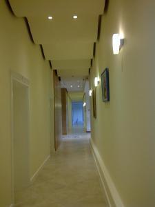 Grand White City Hotel, Отели  Берат - big - 40