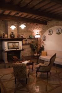 Casale Giuncheto, Farmy  Pilonico Paterno - big - 35