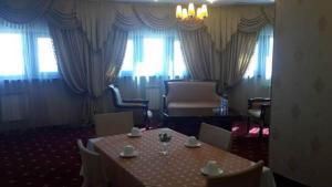 Kazakhstan Hotel, Hotels  Atyraū - big - 15