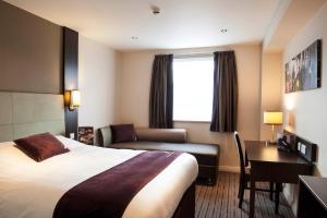 Premier Inn Glasgow Pacific Quay, Hotel  Glasgow - big - 6