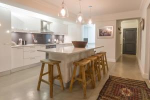 The Penthouse, Apartmány  Plettenberg Bay - big - 22