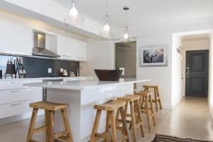 The Penthouse, Apartmány  Plettenberg Bay - big - 11