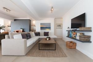 The Penthouse, Apartmány  Plettenberg Bay - big - 42