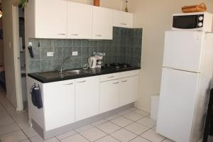 Camacuri Apartments, Апартаменты  Ораньестад - big - 28