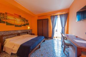Petit Hotel, Hotel  Milazzo - big - 8