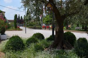 Hotel Olioso, Hotel  Peschiera del Garda - big - 56