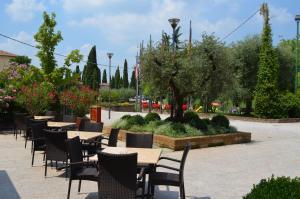 Hotel Olioso, Hotel  Peschiera del Garda - big - 59