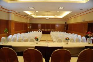 Hotel Western Gatz, Hotel  Theni - big - 32