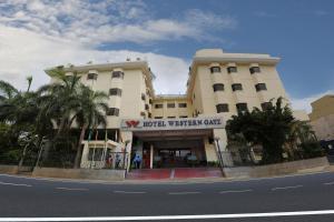 Hotel Western Gatz, Hotel  Theni - big - 1