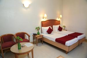 Hotel Western Gatz, Hotel  Theni - big - 17