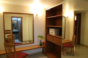 Hotel Western Gatz, Hotel  Theni - big - 8