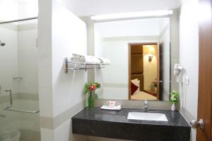 Hotel Western Gatz, Hotely  Theni - big - 2