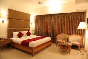 Hotel Western Gatz, Hotel  Theni - big - 20
