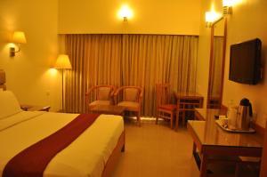 Hotel Western Gatz, Hotel  Theni - big - 18